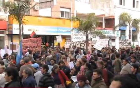 Vecinos del Delta marcharon al Municipio de Tigre