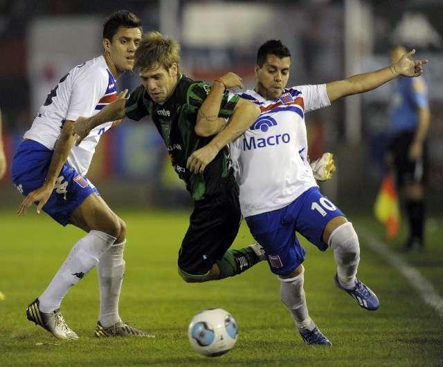 San Martín le ganó a Tigre en Victoria y hundió un poco más a Independiente