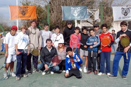 Cada día más chicos se suman a la Escuela Municipal de Tenis de Tigre