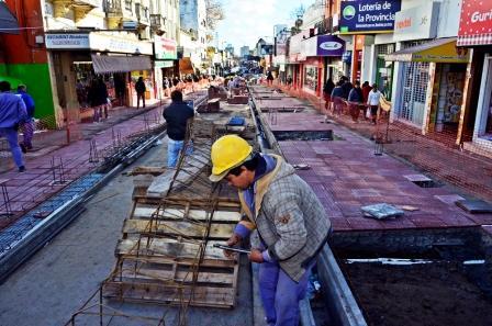Avanzan las obras sobre la calle Constitución de San Fernando