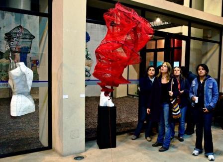 Alumnos del IUNA expusieron sus obras en el Centro Universitario Municipal N°1