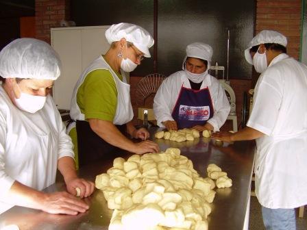 Obreros panaderos acusan a los empresarios molineros y piden que el Estado establezca cupos
