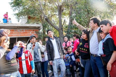 Sergio Massa recorrió barrios de José c. Paz y Moreno