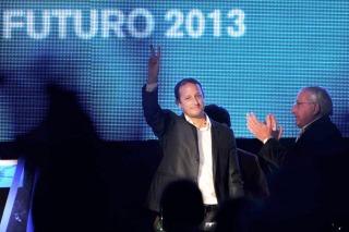 El candidato a diputado nacional por el Frente para la Victoria bonaerense, Martín Insaurralde