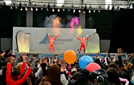 Chicos y grandes disfrutaron del show de Los Cazurros en San Fernando
