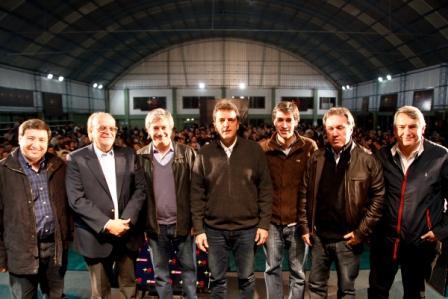Massa compartió encuentro de profesionales, técnicos y universitarios en Avellaneda