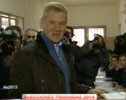 De Narváez votó en Luján