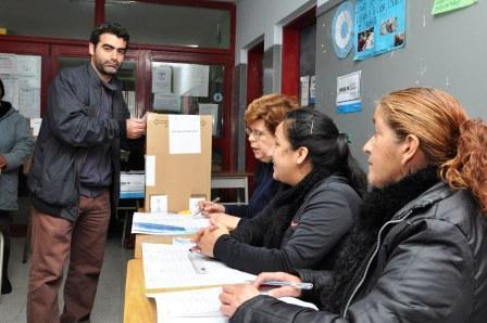 El Candidato a concejal por el FPV de Federico Ugo votó en Rincón de Milberg