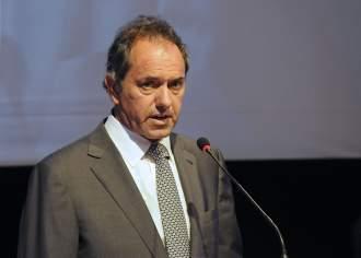 """Scioli llamó a """"persuadir a indecisos e independientes"""" en los últimos días de campaña para las elecciones"""