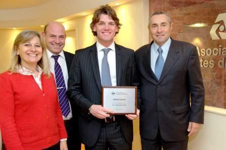 Nicolás Scioli fue distinguido con el premio al Joven Empresario