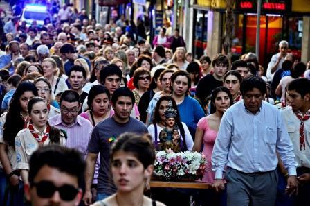 Se realizó la procesión  la misa por el Día la Patrona de San Fernando