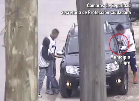 Tigre: Atrapados por las cámaras tras violento robo con arma