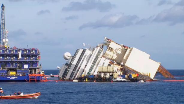 """Reflotar el """"Costa Concordia"""" llevará más tiempo del previsto"""