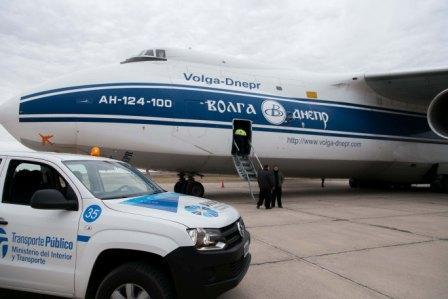 Un gigante avión ruso aterrizó en Mendoza
