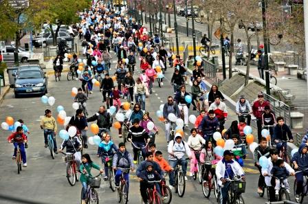 Más de 4 mil vecinos participaron de la Bicicleteada Familiar 2013 en San Fernando