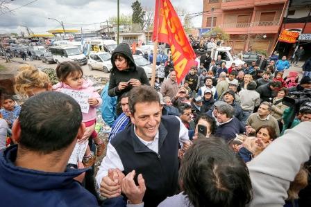 """Massa en La Matanza: """"La fiesta de la gente es lo más importante, fue una caravana llena de alegría y de esperanza"""""""