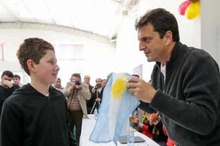 Massa recorrió los distritos de Villarino y Carmen de Patagones
