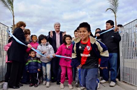 Luis Andreotti inauguró la nueva Plaza Carlos Gardel, en San Fernando