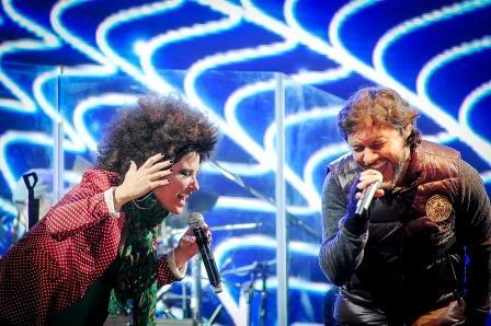 Diego Torres cantó en Tigre ante una multitud por  el festejo de la Primavera