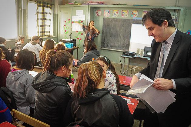 Cambridge eligió a Tigre para enseñar inglés en las escuelas