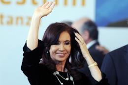 """La Presidenta padece un cuadro """"compatible con una bursitis del trocante izquierdo"""""""