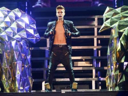 Justin Bieber condenado a dos años de libertad condicional