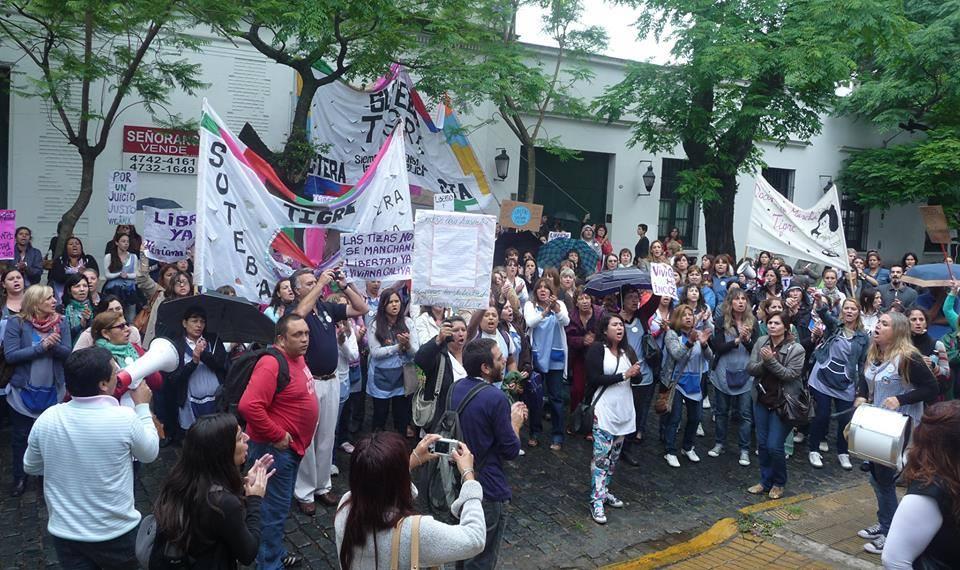 Los docentes bonaerenses harán hoy una jornada de protesta con marchas de delegados pero sin paro