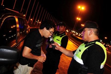 Realizan operativos de control vehicular y alcoholemia en Tigre