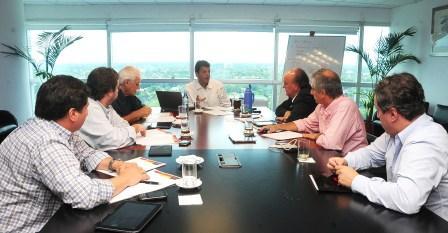 el diputado nacional por el Frente renovador realizó una reunión de trabajo con Miguel Peirano, Marco Lavagna, José De Mendiguren, José Eseverri, Daniel Arroyo y Aldo Pignanelli