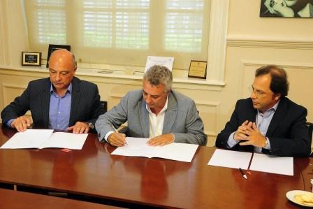 Tigre firmó un acuerdo de colaboración mutua con Almirante Brown