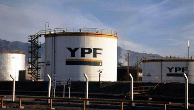 YPF aumentó un 4,5% sus combustibles