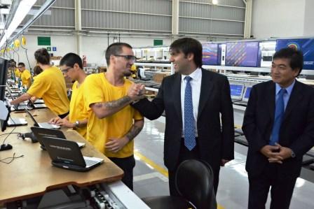 Bossio anunció la adjudicación de 900.000 nuevas netbooks de Conectar Igualdad