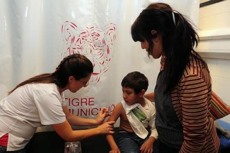 Tigre comienza la campaña de vacunación antigripal 2014