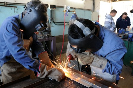 Las PyMEs bonaerenses perdieron 150 mil empleos