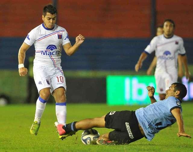 Tigre logró un triunfo fundamental para mantener la categoría