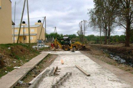 Nuevos asfaltos acompañan el plan de urbanización de Rincón