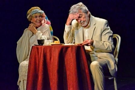 Milagros del Corazón, con Virginia Lago y Héctor Gióvine, subió a escena en el Teatro Martinelli