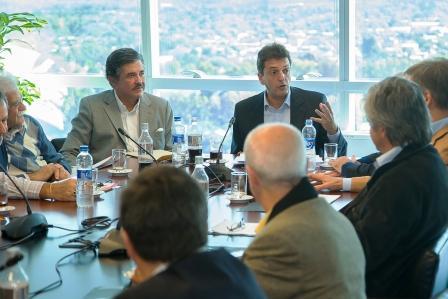 Sergio Massa firmó un compromiso para fomentar el desarrollo energético