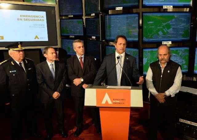 El gobernador bonaerense, Daniel Scioli, presentó hoy un balance de los resultados obtenidos en los 45 días desde que se declaró la Emergencia Pública en Seguridad