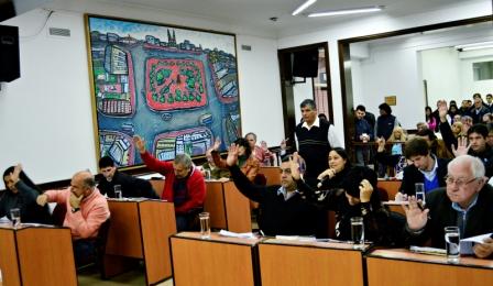 Todos los concejales de San Fernando reclaman a la Provincia el pago del subsidio para los Bomberos