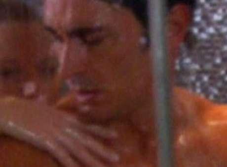 Debutó Camino al Amor con una escena hot de Estevanez-Zampini