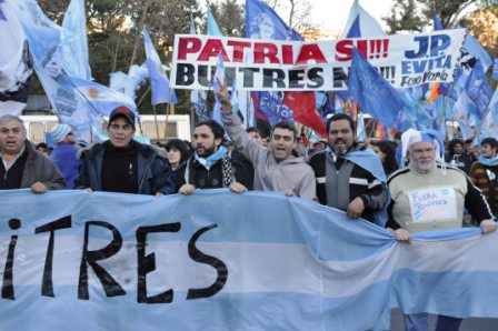 Federico Ugo, participó ayer de un banderazo a la Embajada de los Estados Unidos, en la Ciudad de Buenos Aires