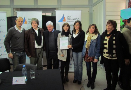 Andreotti entregó un apoyo económico al Consejo Escolar de San Fernando