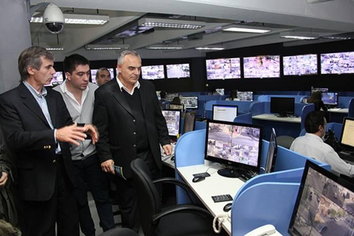 Autoridades de Berisso visitaron el centro de monitoreo de San Isidro