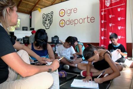 Brindan apoyo escolar en los Polideportivos de Tigre