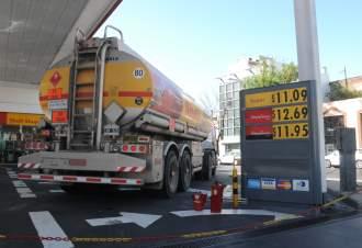 Shell también aumentó 4% las naftas