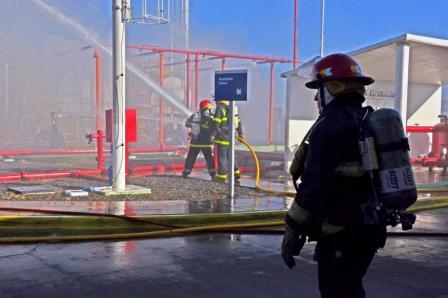 Se realizó un Simulacro de Siniestro en la aeroplanta de combustible del Aeropuerto de San Fernando
