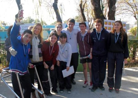 Alumnos de San Gregorio y la escuela especial Nuestra Luz jugaron un torneo de fútbol inclusivo