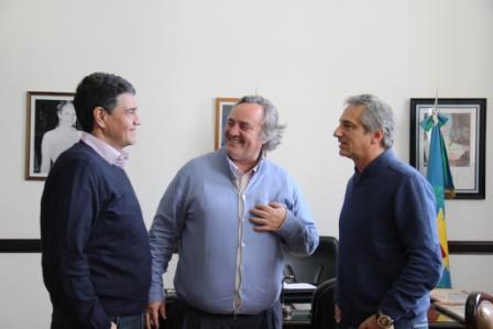 """De la Torre: """"Queremos hacernos cargo de lo que Scioli no resuelve desde el 2007"""""""