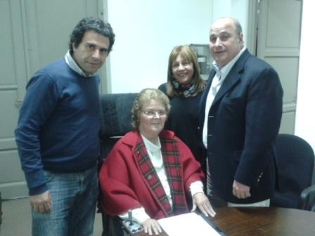 Carlos Castellano junto a la titular de EPAMM, Martina Antonini, y los concejales Jorge Alvarez y Elvira Ares